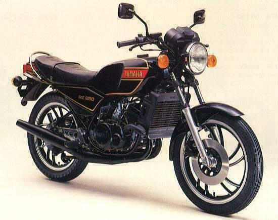 TAMIYA 14002 - YAMAHA RD/RZ 250