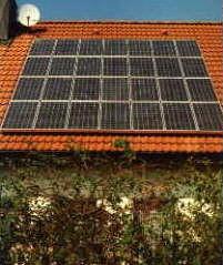 3,08 kWp Anlage mit 28 SM 110 W Siemens-Module 1 SMA Sunny Boy 2000 1 SMA Sunny Boy 850 Errichtet: 1999 in Eckersmühlen