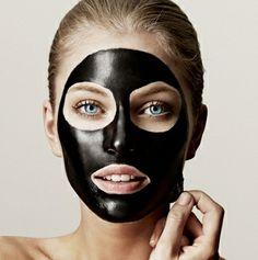 Waarschuwing voor peel off masker met lijm