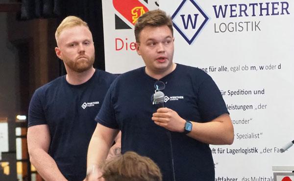 Jan Loewe und Werther stellten das Logistik-Unternehmen vor – Foto: JPH