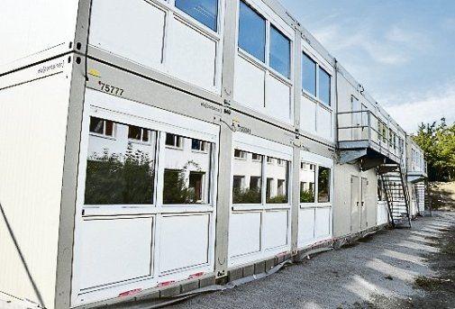 Für acht Klassen sind je 70 Quadratmeter große Container aufgestellt.