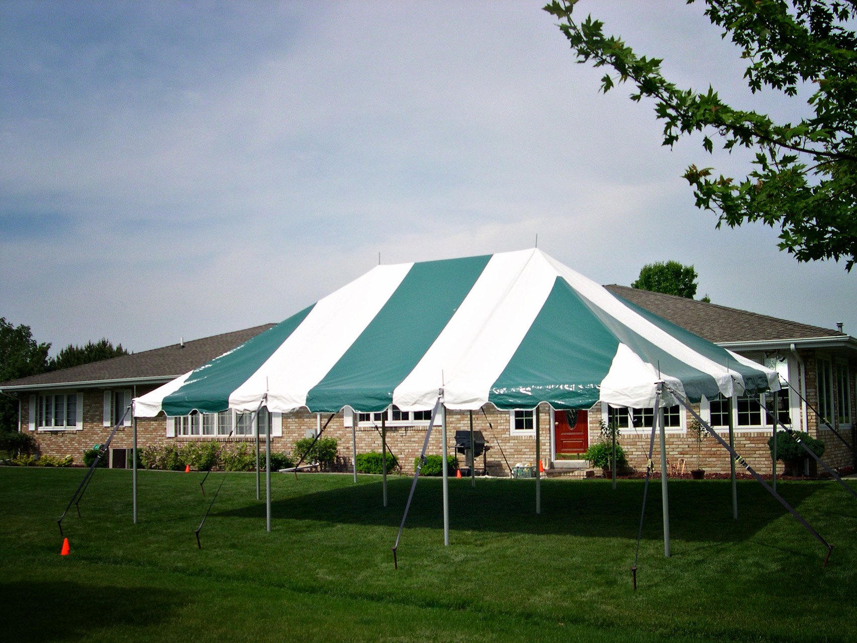 20 x 30 Green and white pole tent