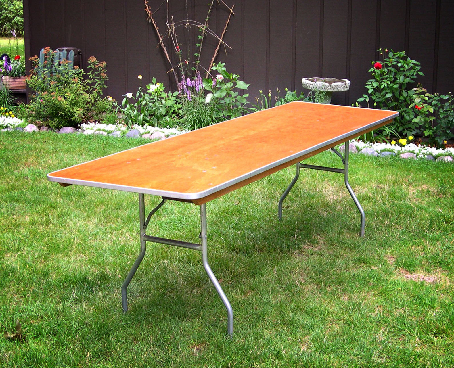 8ft Banquet tables