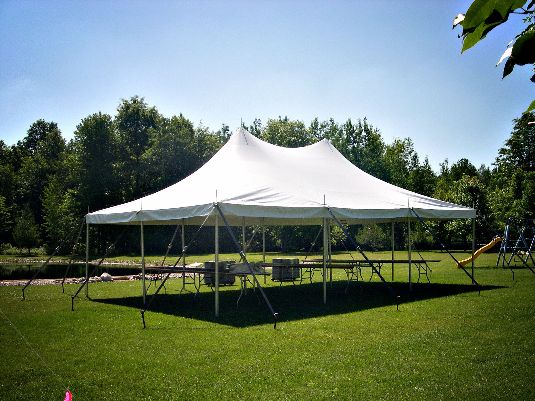 20 x 30 White high peak pole tent