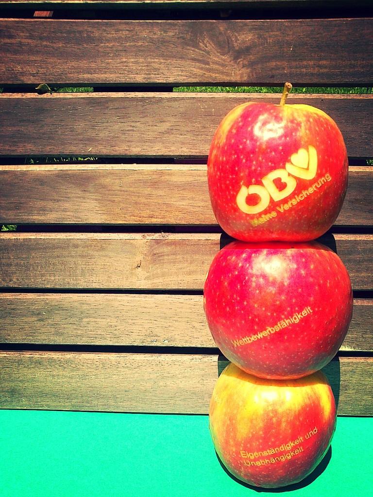 Apfel mit Lasergravur