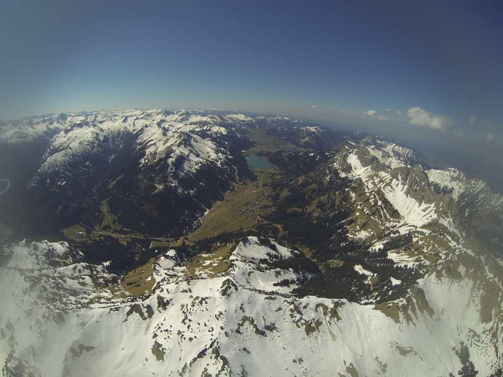 Das Tannheimer Tal aus der Stratosphäre