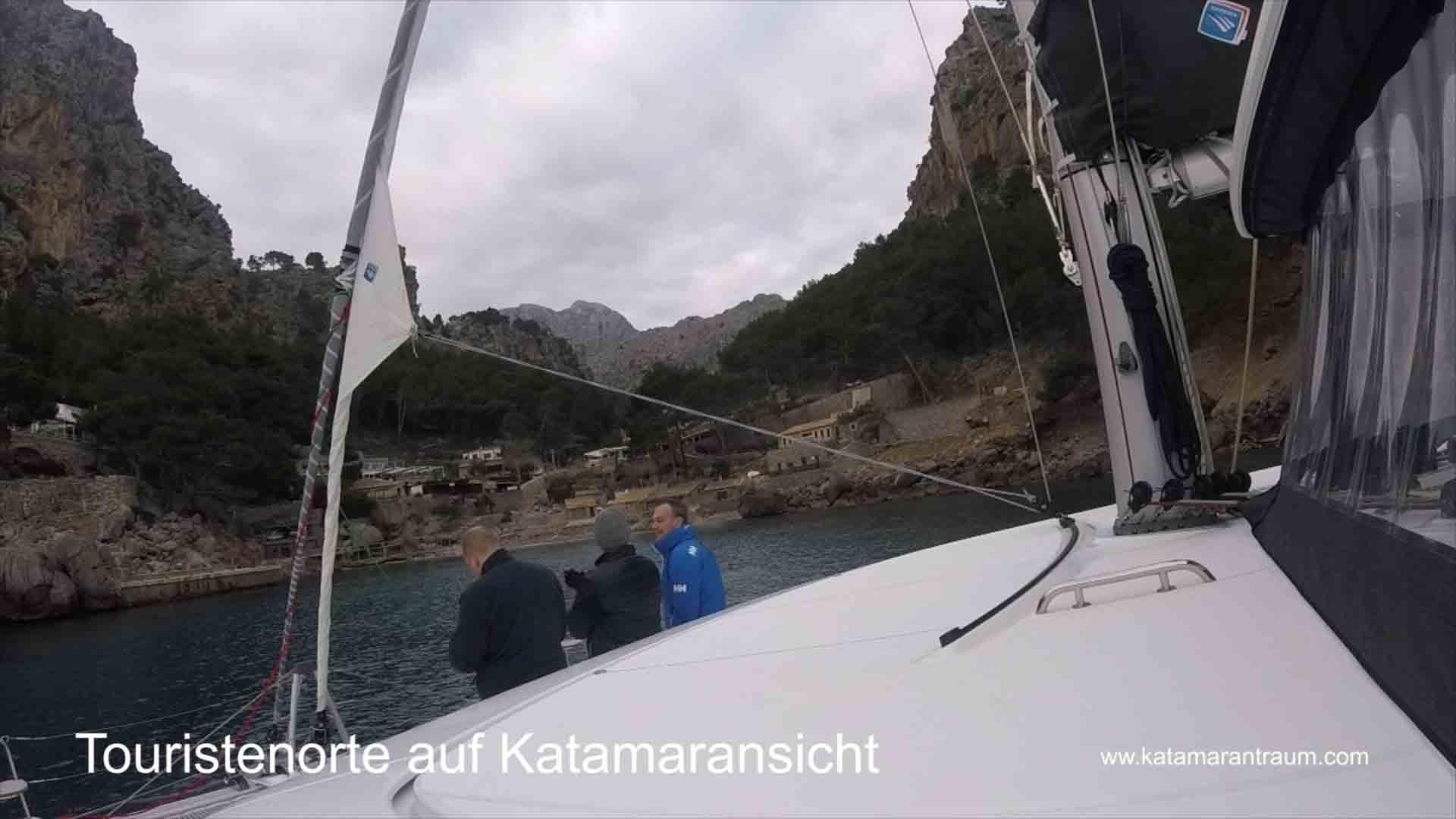 Katamaran Janny umrundet Mallorca. Und fahrt dorthin wo nur die Touristen Schiffe kommen