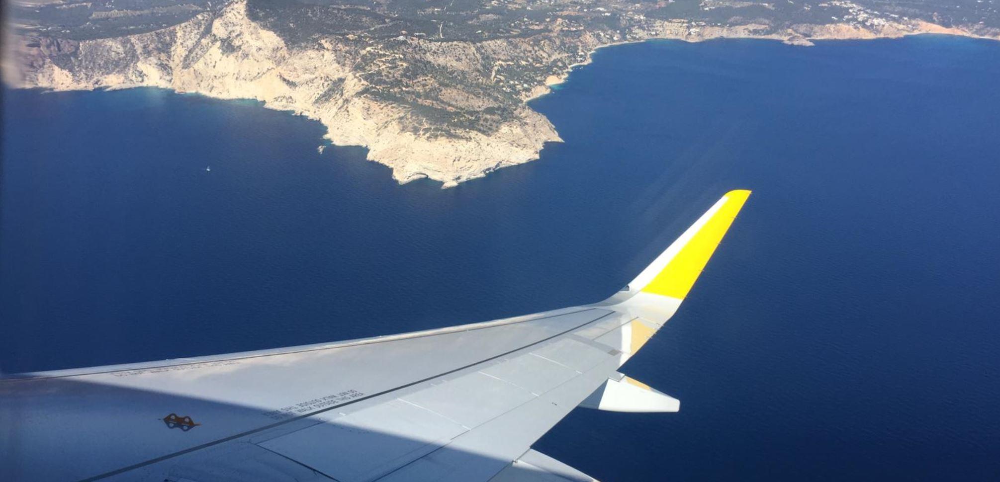Anflug auf Flughafen Teneriffa Süd - Für unsere Katamaran Segel Urlaub Woche