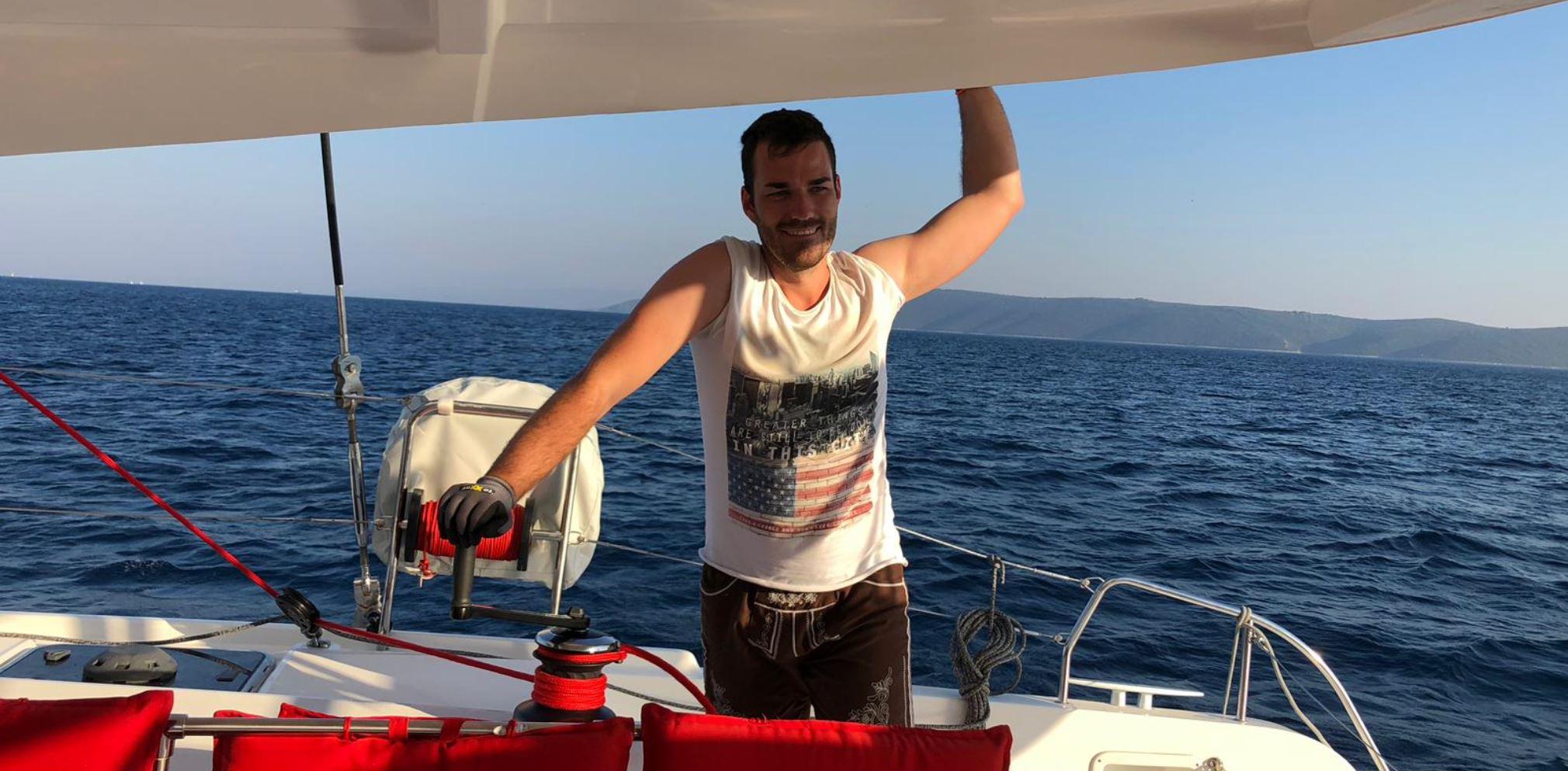Urlaubsegler Dominik ist stolz auf seine Arbeit