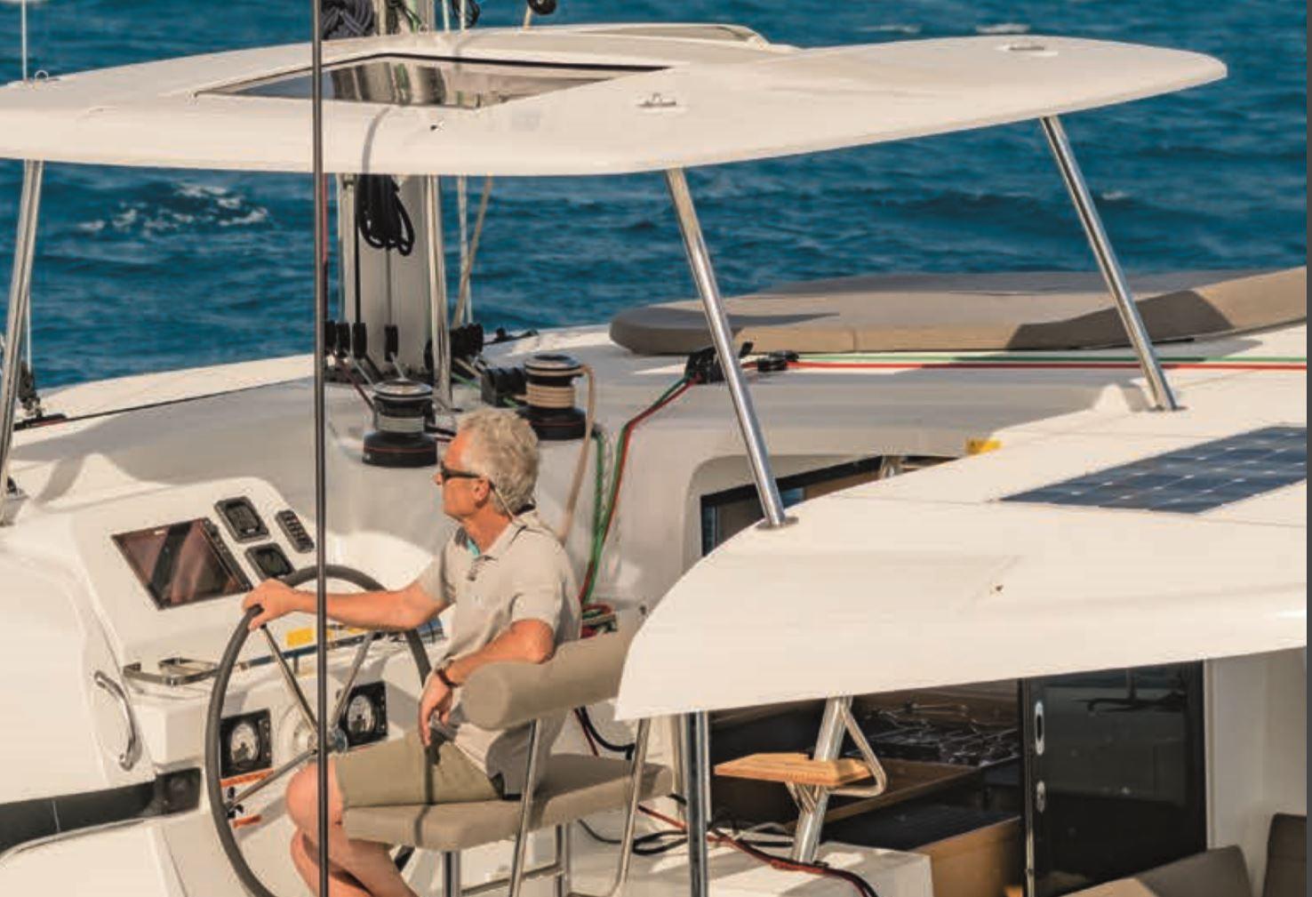 Steuerstand Katamaran Lagoon 42