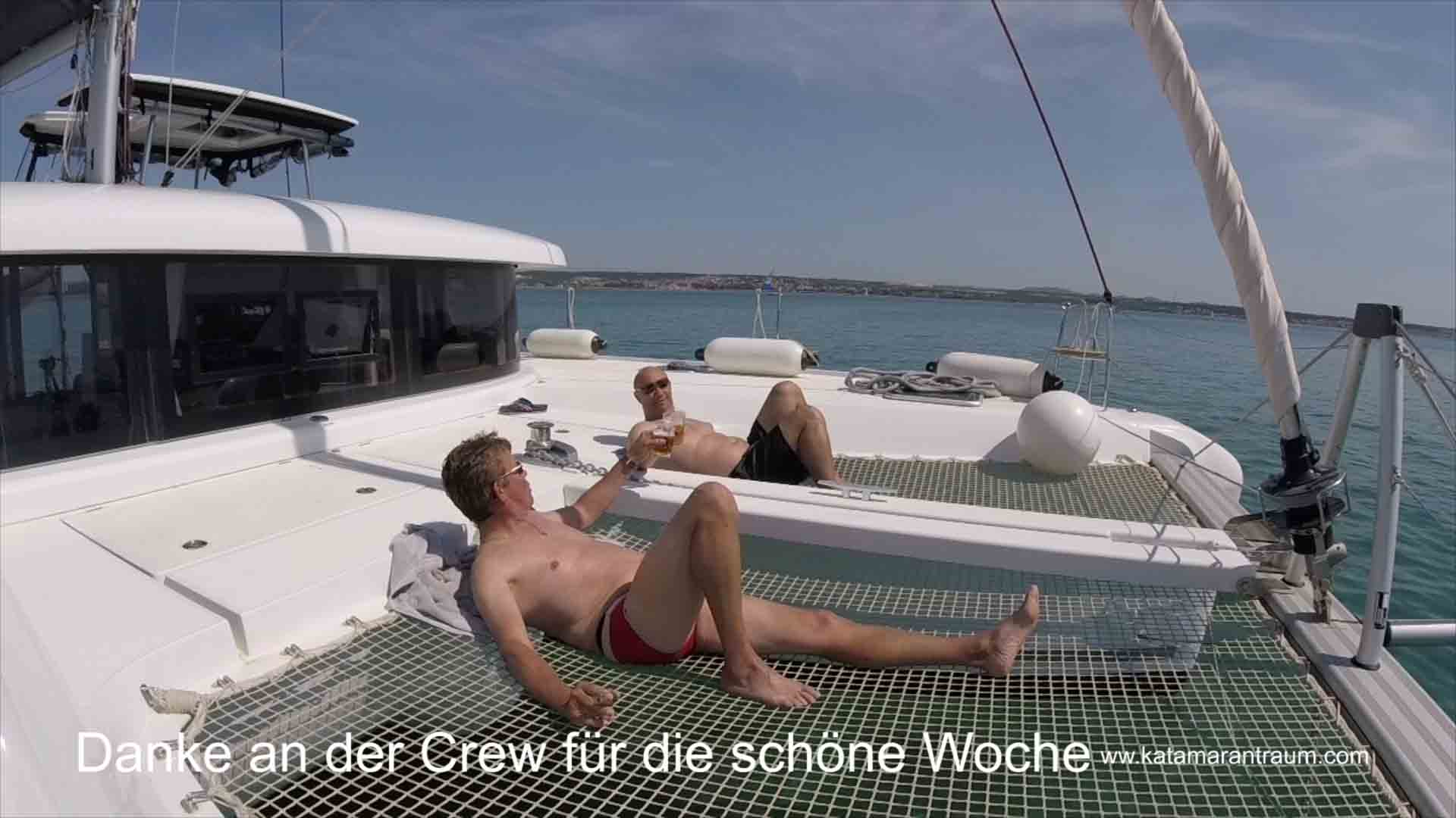 As a reward and completion of the catamaran training week skipper and guest Attila (Eurowings pilot) have a beer
