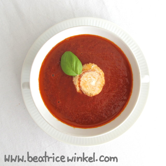 Tomaten-Himbeer-Suppe
