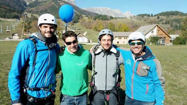 Yo & Laurent ont partagé le vol avec Florent Manaudou & Marco Horanieh ... plus beau le Vercors !