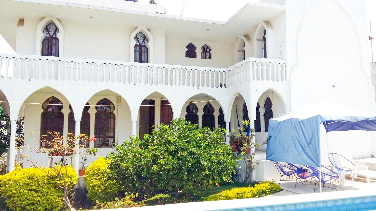 Renta casa con alberca en cuernavaca casa de fin de for Renta casa minimalista cuernavaca