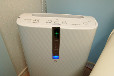 プラズマクラスター加湿空気清浄機で、院内をクリーンな空気に保っています