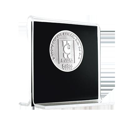 #moneda en #plata .999, 6cm, con base de acrílico tipo aleta 9cm cod.87980
