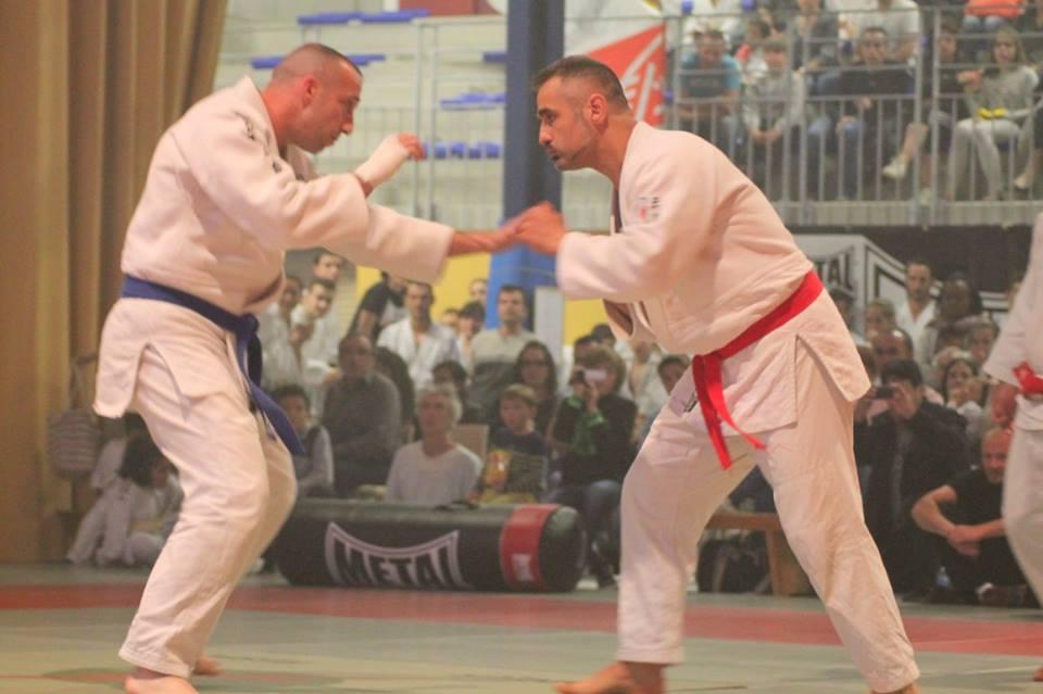 Combat de Jujitsu Brésilien Ne Waza : Daniel HERNANDEZ (rouge)