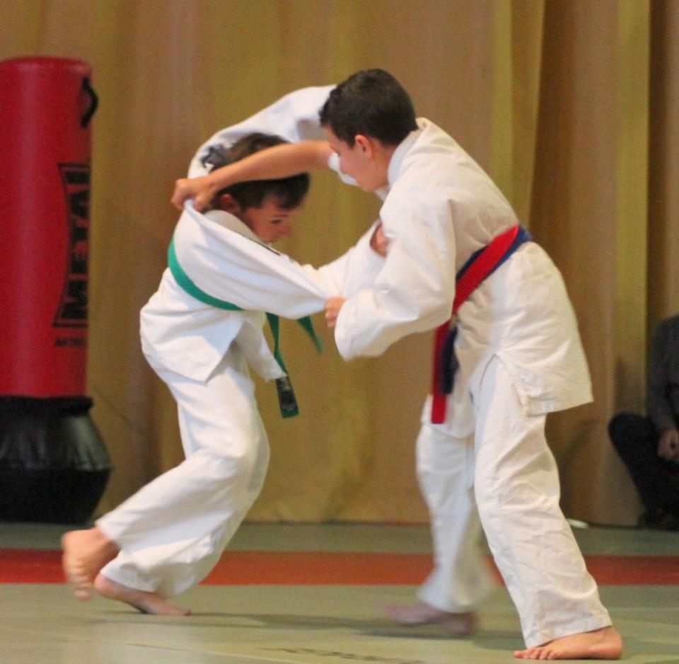 Combat Judo avec Pierre SANS (rouge)