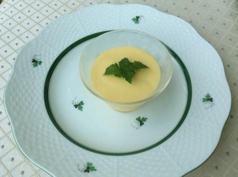 これまたアイスクリームを使ったマンゴープリン。