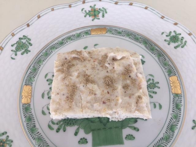 デザートの【サンディッシュ】(インド風チーズケーキ)