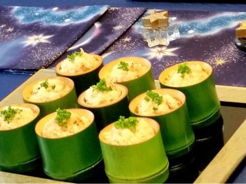 ✨ 七夕ライス ホタテ缶を入れて炊き上げたご飯に 季節の桜海老とバターを混ぜ込み 竹の器に