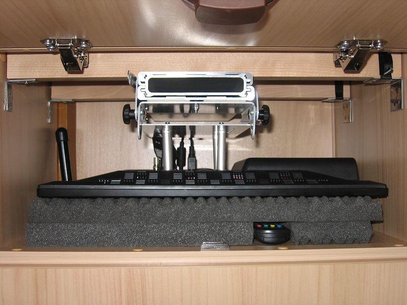 Einbau eines Flach TV - sportboot-wohnmobil-freizeits