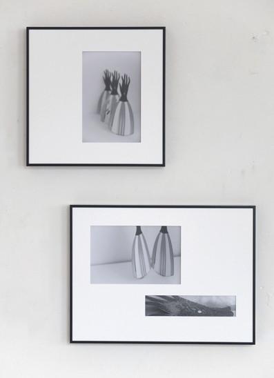 上:《すみれとすみれのあいだ》(2013年・デジタル写真、銀塩プリント)/ 下:《夢のゆきかう薄明》(2013年・デジタル写真、銀塩プリント)