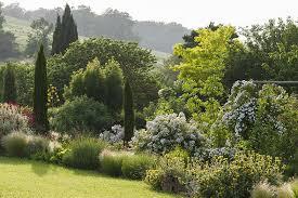 Jardins remarquables à visiter à  proximité de Lassenat éco- maison d'hôtes en Gascogne, maison d'hôtes éco-responsable, chambres d'hôtes grand confort, table d'hôtes bio et  locavore, avec piscine écologique, jardin, terrasses, dans le Gers, en Occitanie