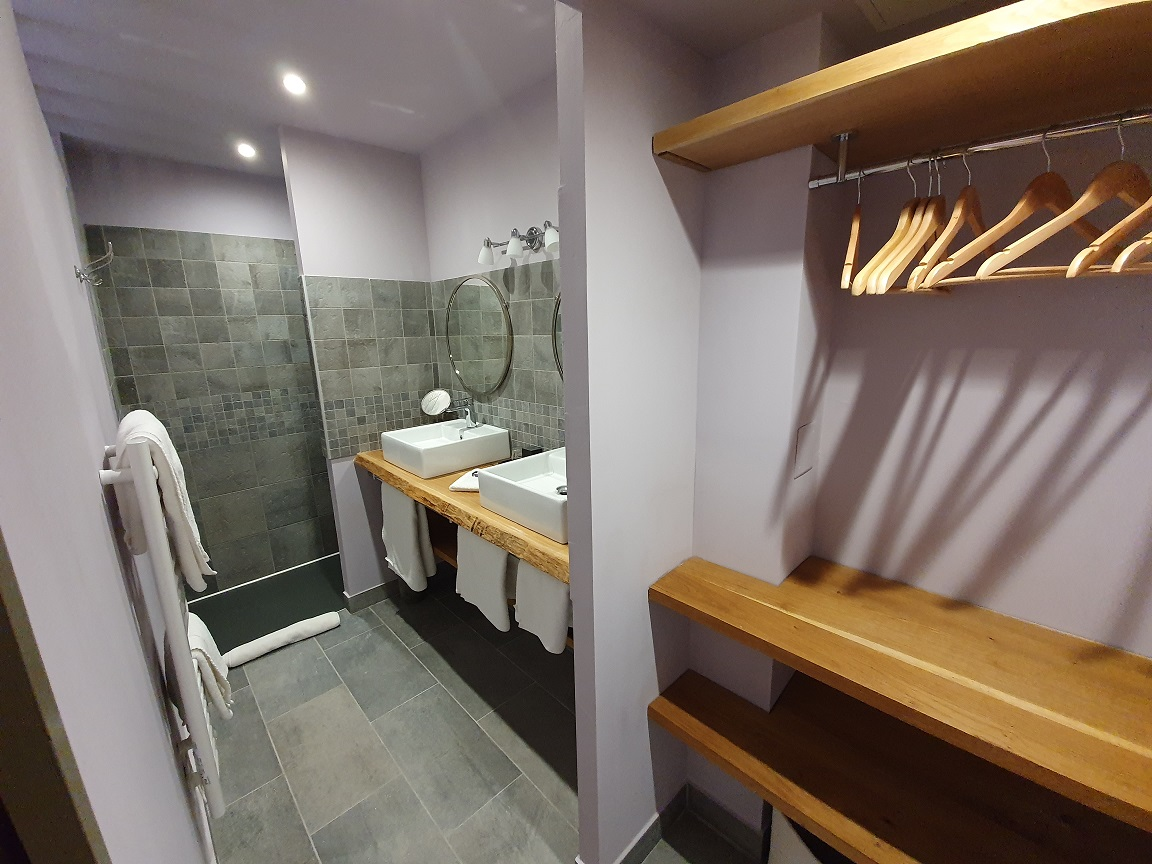 Chambres Côté prairie, salle d'eau privative