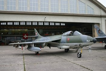 Hunter J-4152 Robin Hood, Fliegermuseum Dübendorf