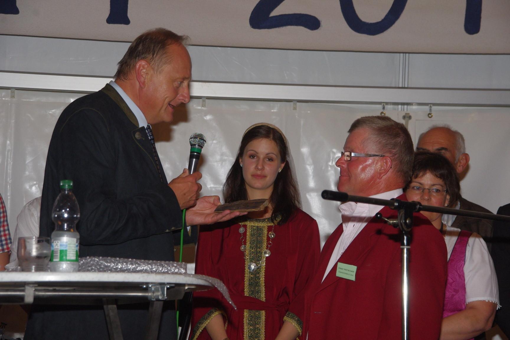 Präsident, kaiserliche Hohheit und Obmann Ernst Kretschmer