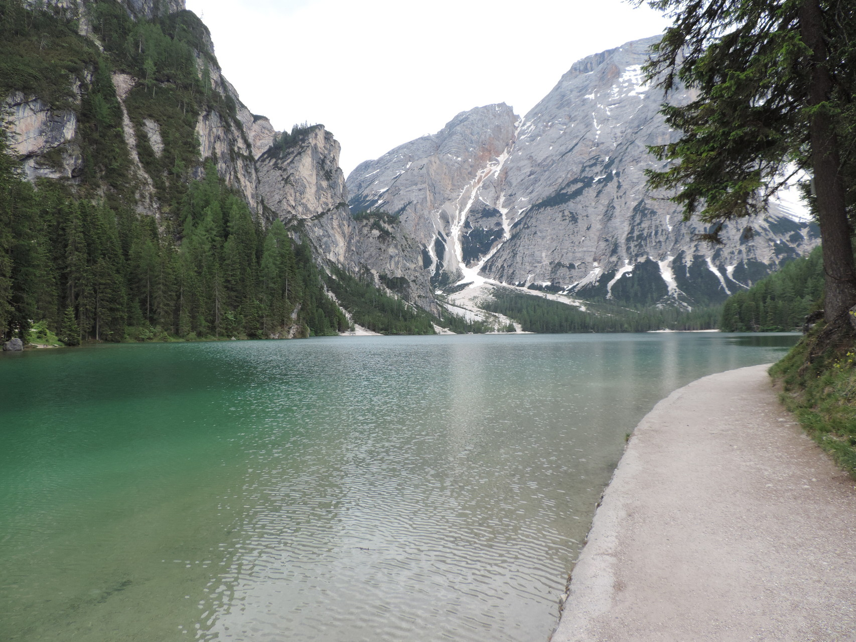 am Pragser Wildsee