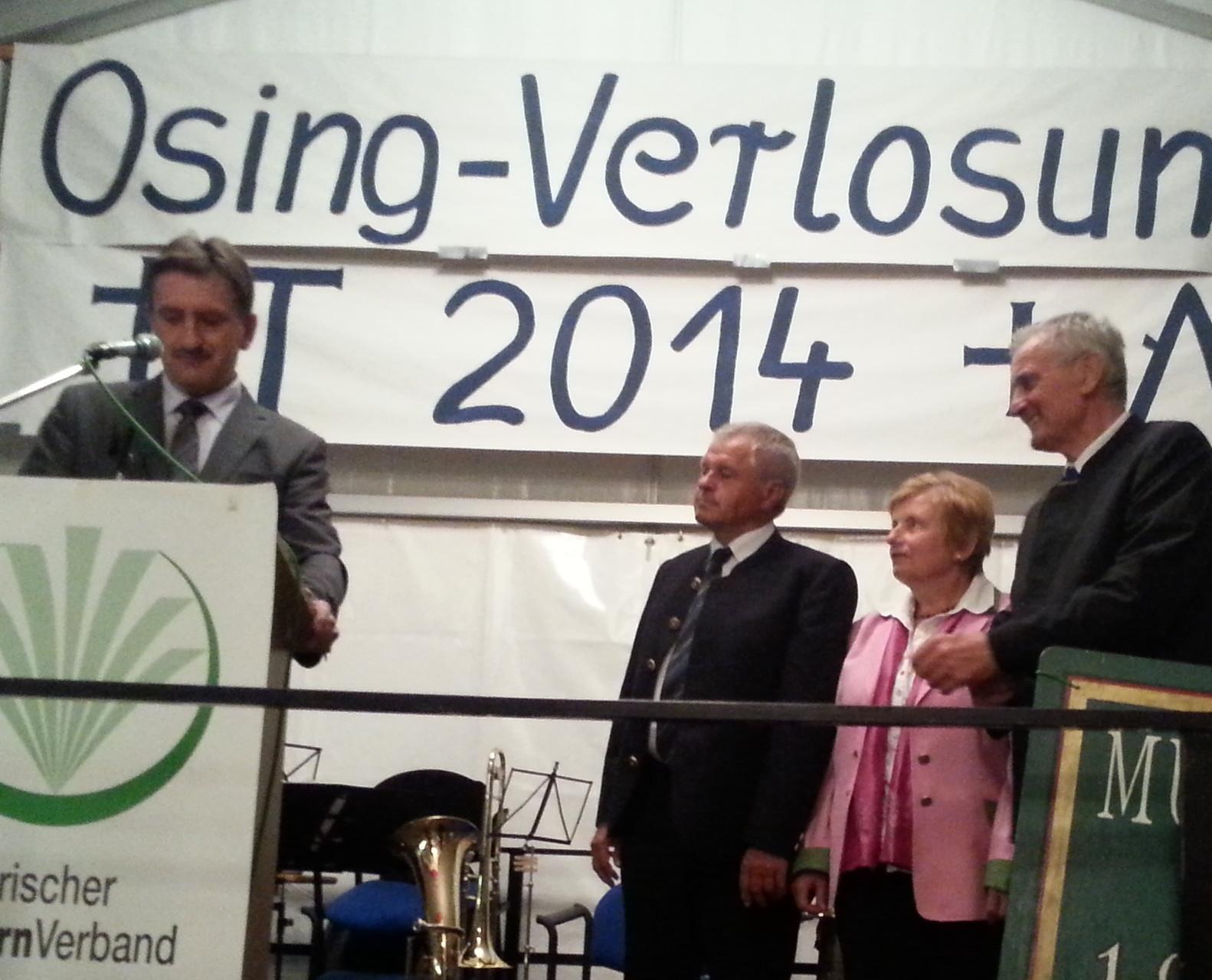Altlandrat Schneider erhält das Ehrenzeichen des Verbandes