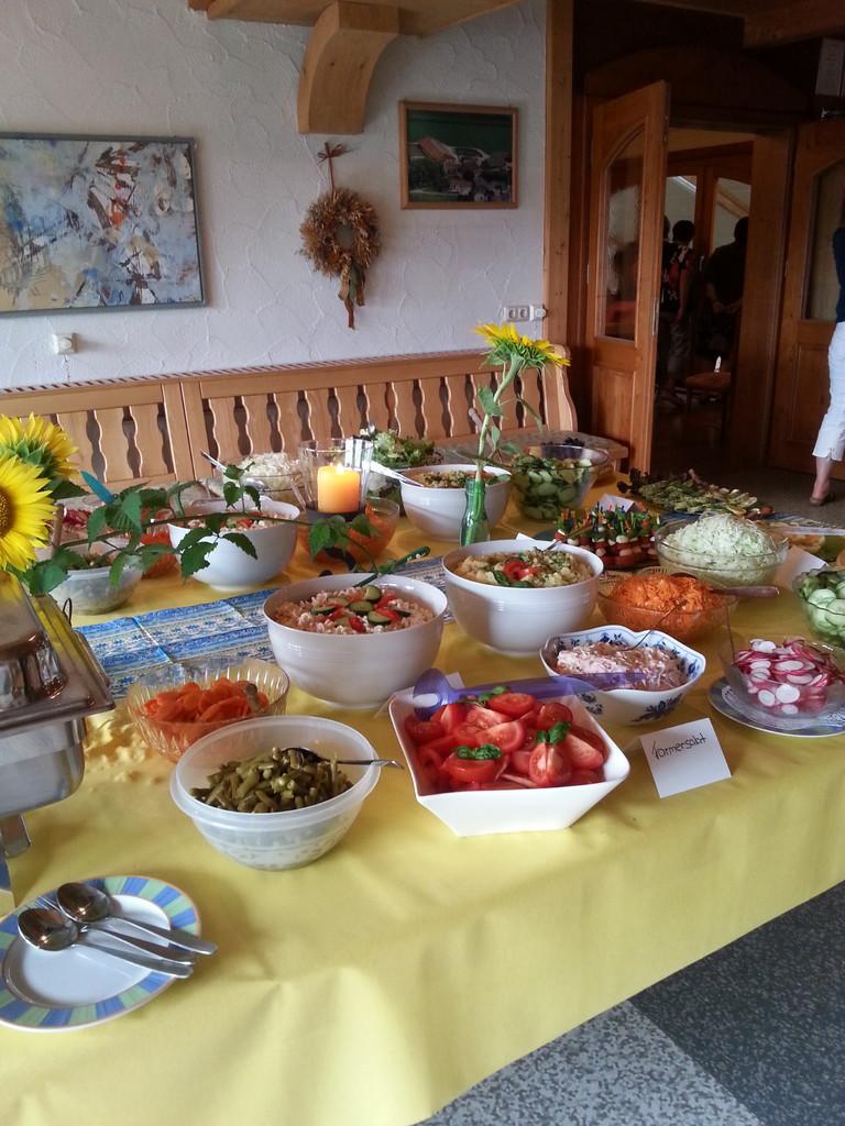 Salatbuffet am Abend