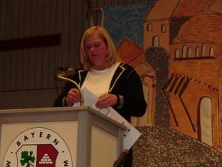 Unsere Bezirksbäuerin liest eine launige Weihnachtsgeschichte für uns