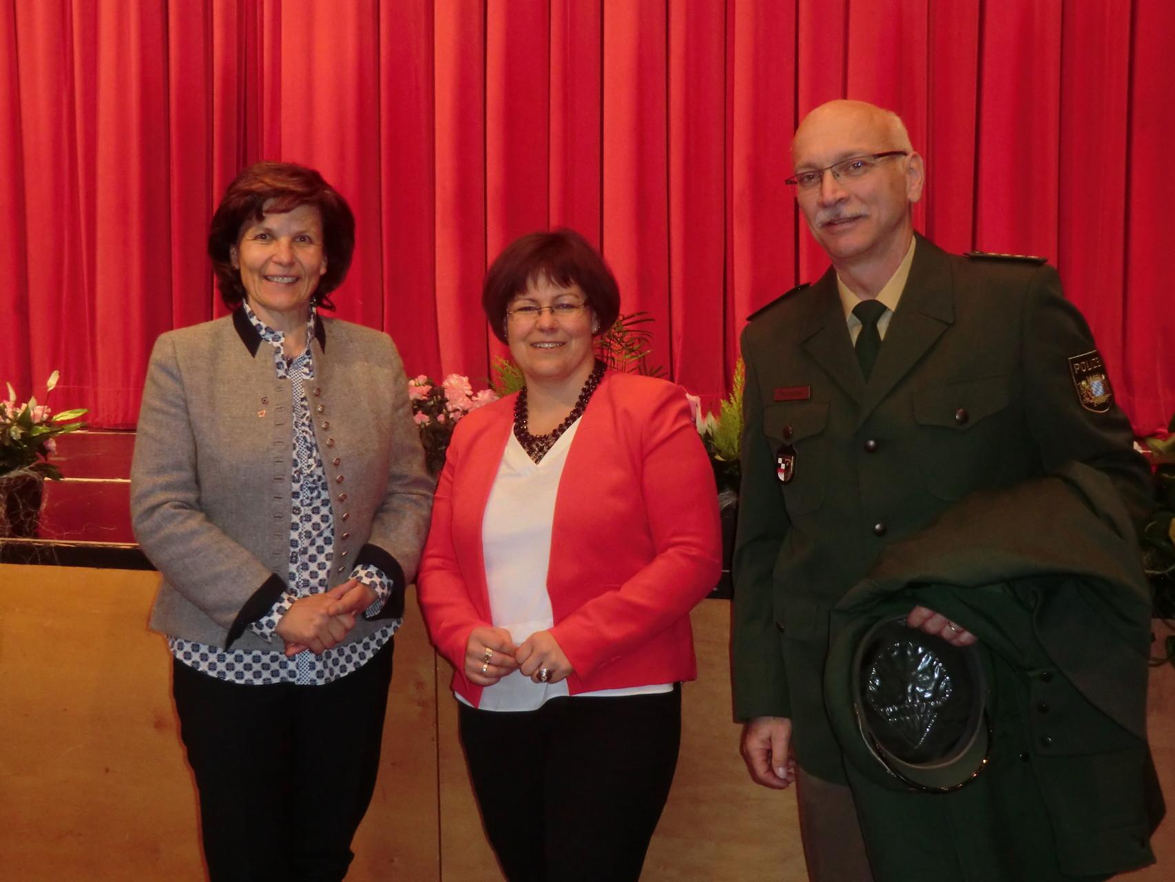 mit Maria Hochgruber Kuenzer und PHK Pastowski