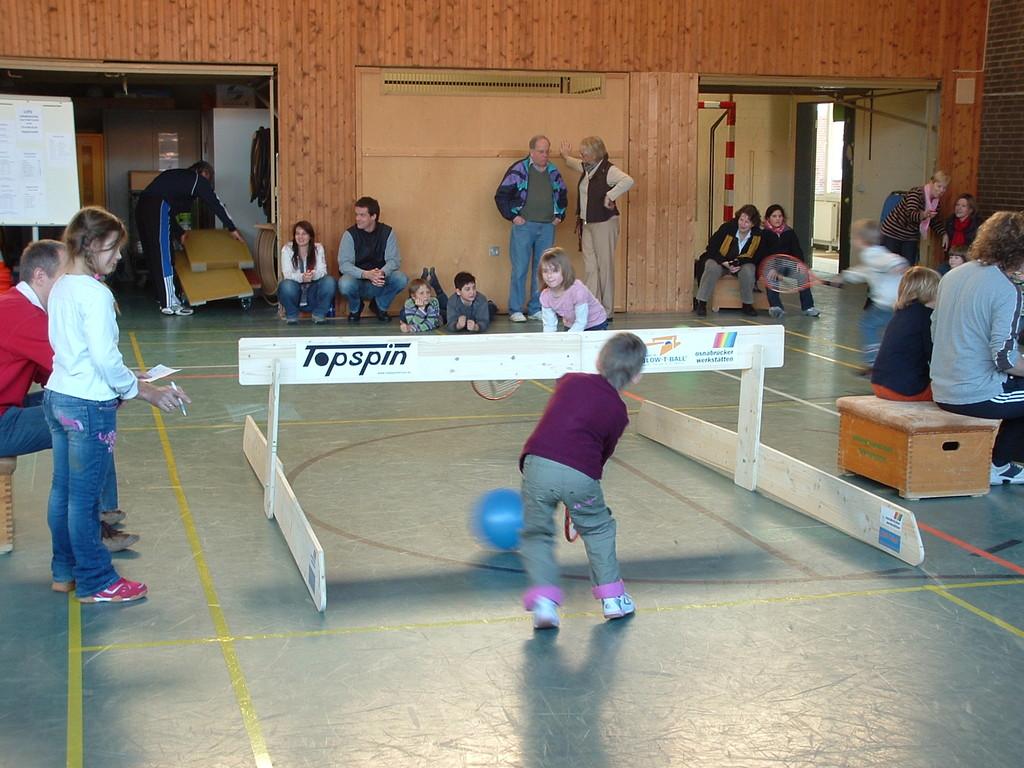 Schultennis in Grundschule Reppenstedt