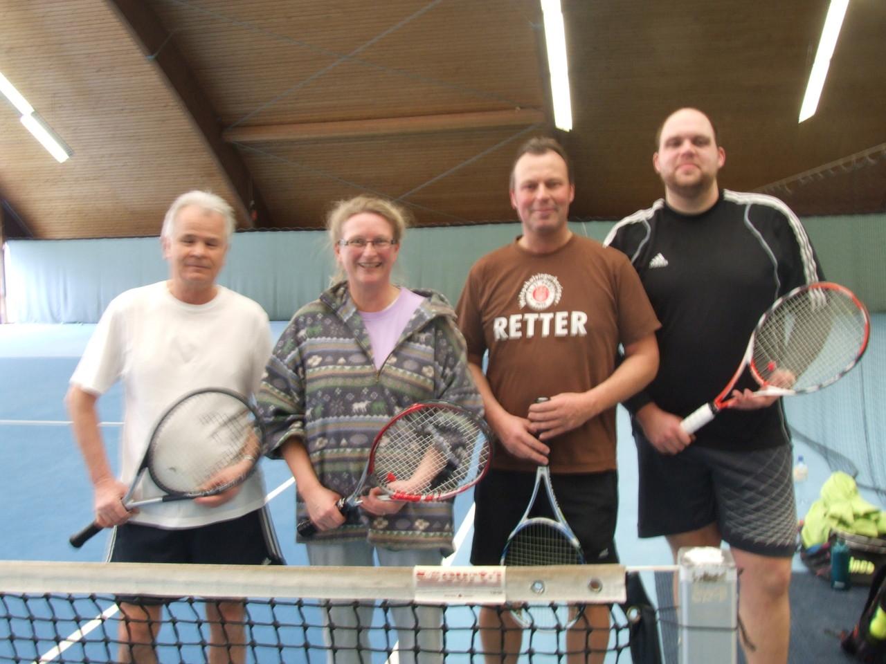 Nette Tennisrunde am 17.2 im Sportpark