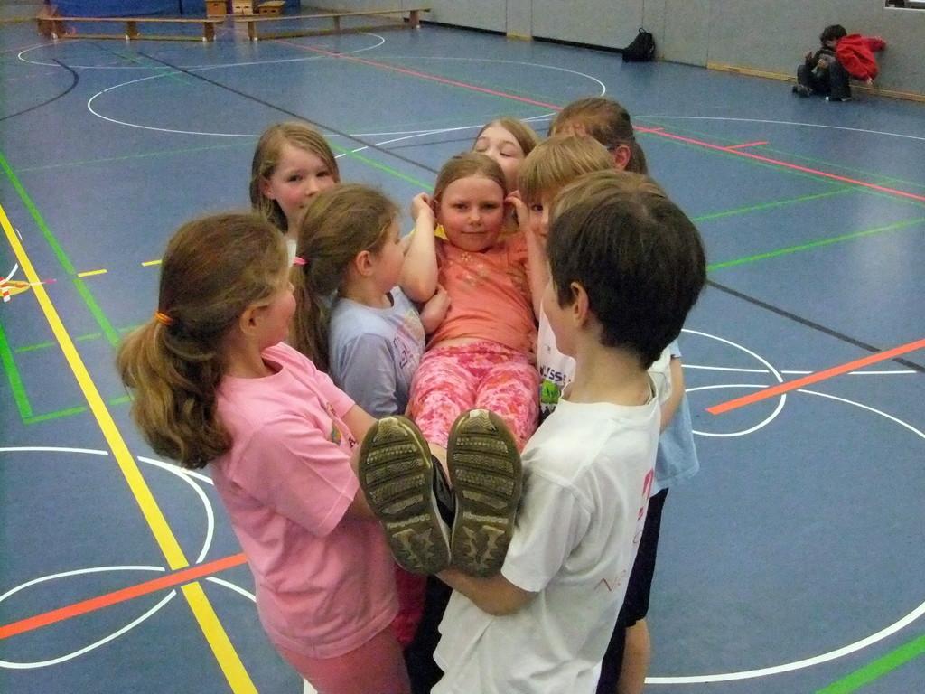 Schultennis März 2012-Hermann-Löns-Schule