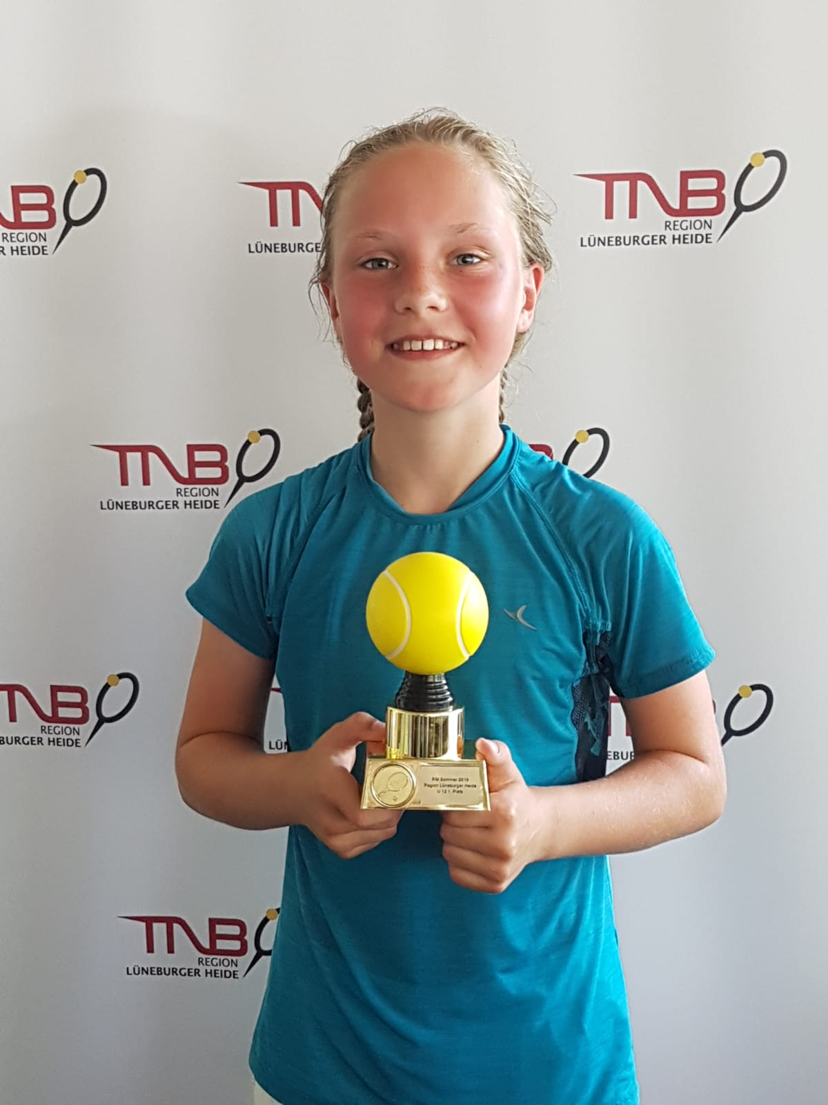 Ellen Reikovski- 1.Platz  U12 Mädchen