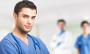 男性看護師が求められる職場