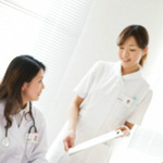 夜勤看護師の平均日給と月収例
