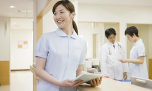 大学病院で働く看護師の平均年収