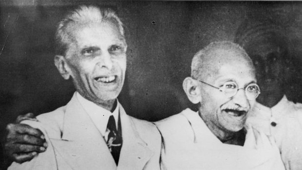 Gandhi with Muhammad Ali JJinnah the leader of the Pakistan independance movement