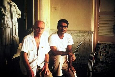 1969 Darshan at Guruprasad, Poona, India. Eruch with Francis Brabazon