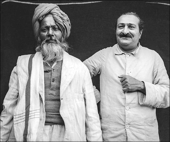 The mast Ali Shah with Baba in Satara, India -  1947.  (Photo courtesy of the MSI Collection)