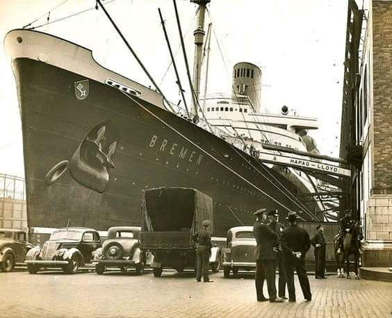 SS Bremen docked in New York - late 1930s