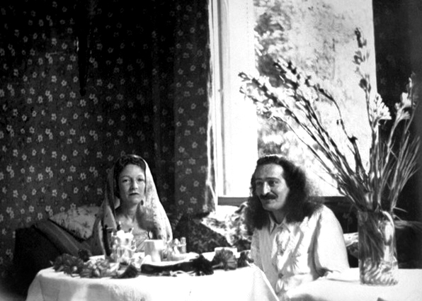 1937 - Cannes : Meher Baba having breakfast with Consuella de Sides. Courtesy of MN Publ.