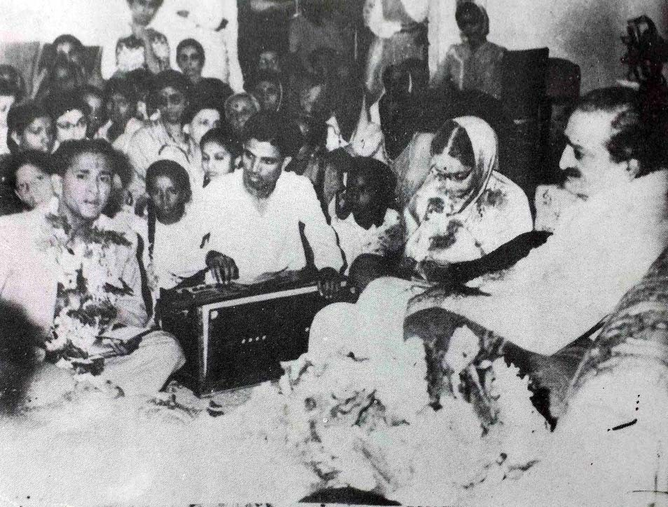 madhusudhan and subhadra pune meher baba center with meher baba