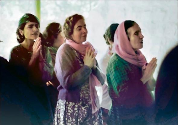 Meheru, Mani and Mehera singing the Bujaawe Arti at Meherabad - Photo courtesy of MN Publications